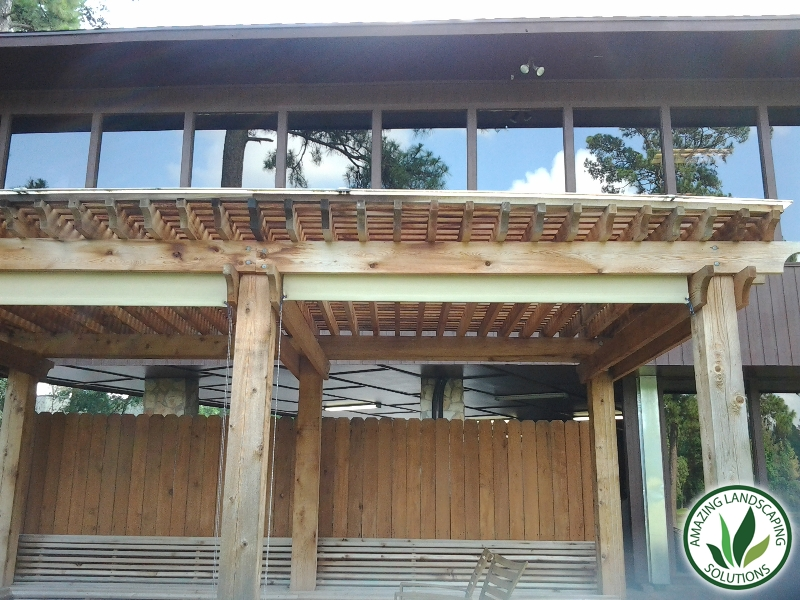 wooden patio in Tomball