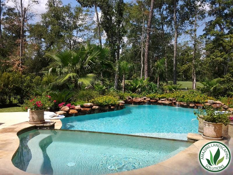 great backyard pool landscape in Conroe, TX