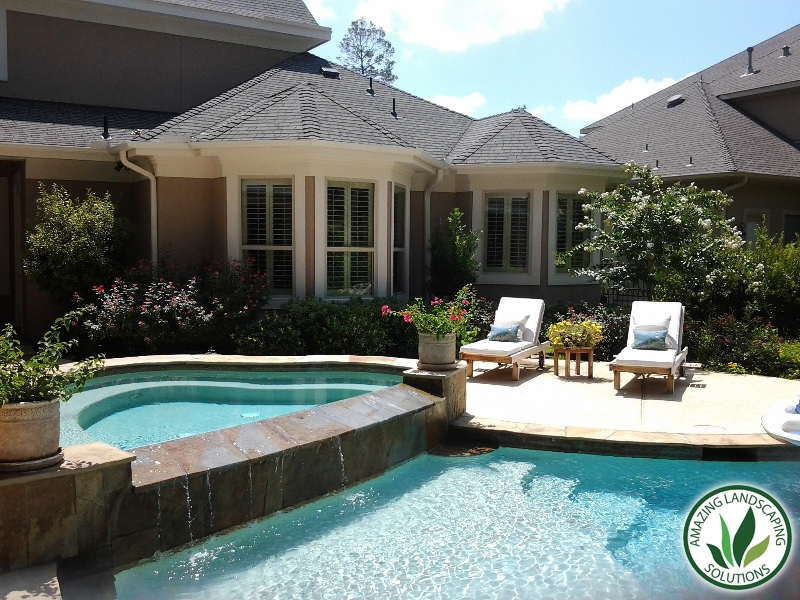 Best landscaping around pools in the Woodlands, Texas