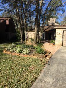 Flagstone driveway and stone brick walkway in Galena Park, TX