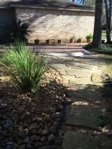 Flagstone and beach pebbles pathway in Galena Park, TX